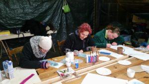 Menschen beim Malen