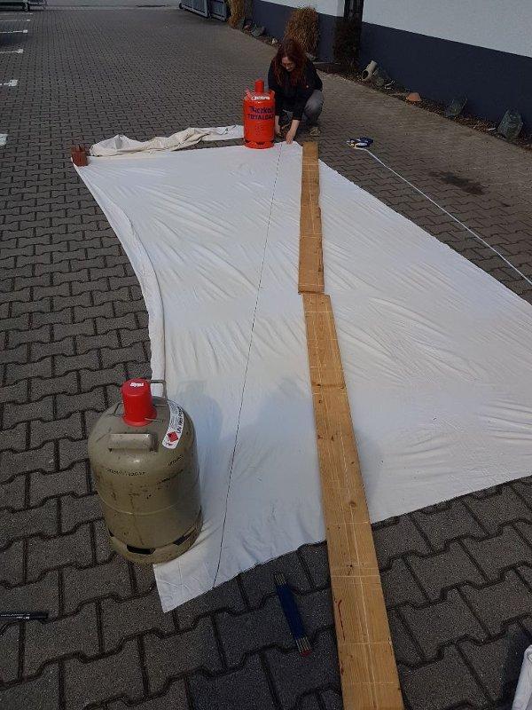 Stoffzuschnitt Vordach